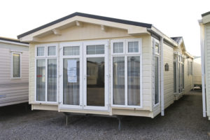 WILLERBY KINGSWOOD A330