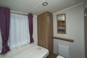 SWIFT BORDEAUX A663